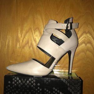 Aldo heels beige
